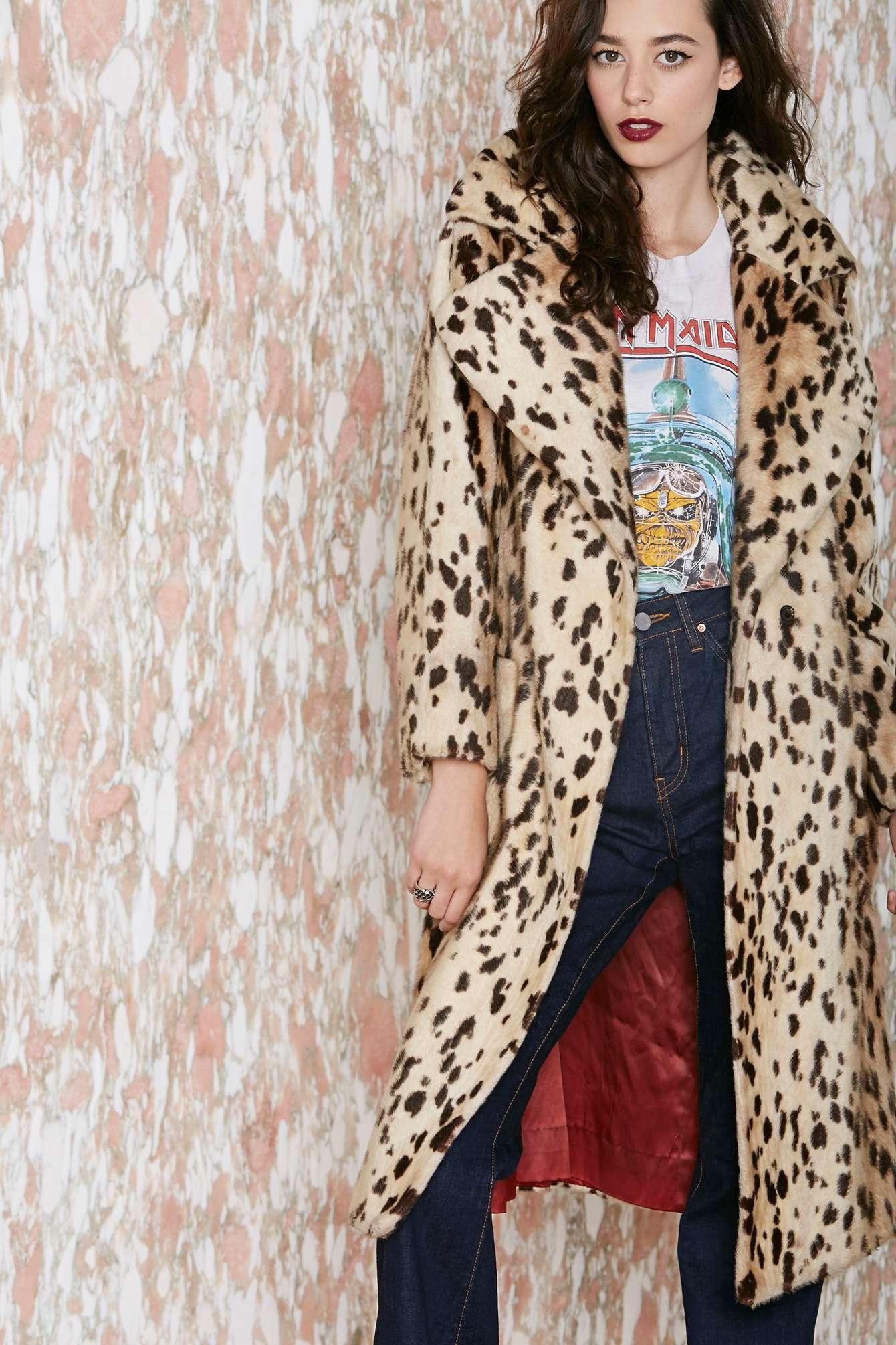 Apenas que eu queria MUITO esse casaco por ser vintage e por ser print!