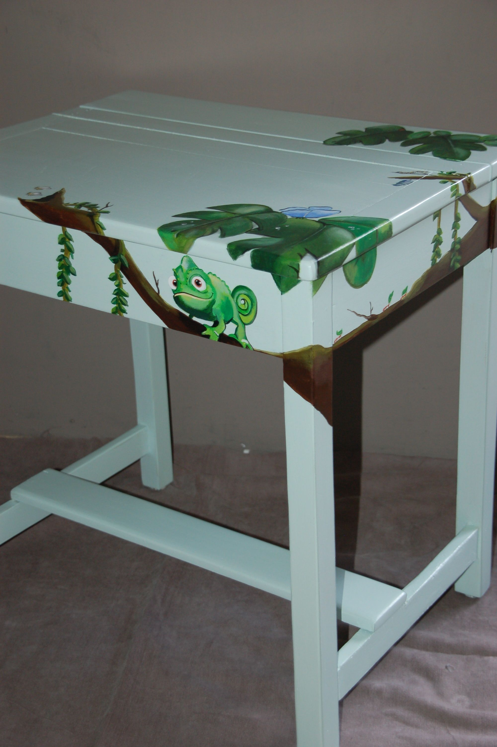 Hand Painted Childrens Desk Makes Homework Fun And The Kids Room