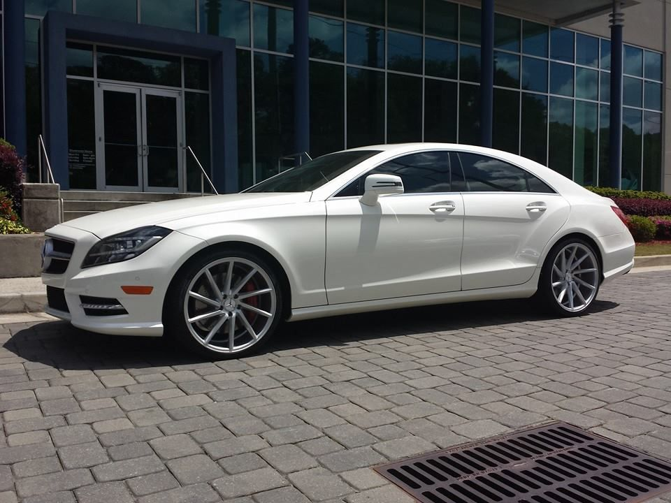 This stunning diamond white 2014 cls550 with 20 inch for White rims for mercedes benz