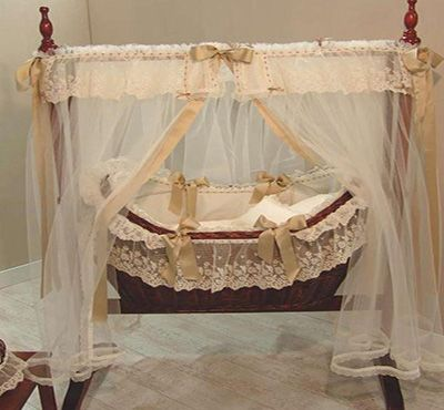 Fancy A Snooze Wow A Dream Swinging Crib For Any Baby I Could