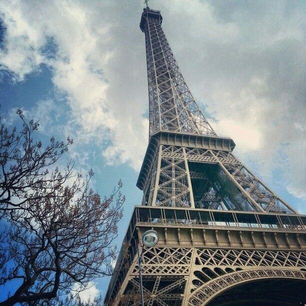 Paris . Eiffel Tower ♡♡♡