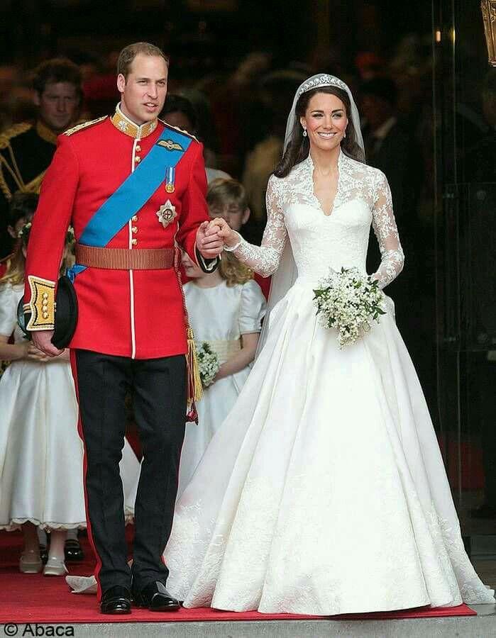 Pin by Mirela Obradovic on Queen elizabeth | Pinterest | British ...