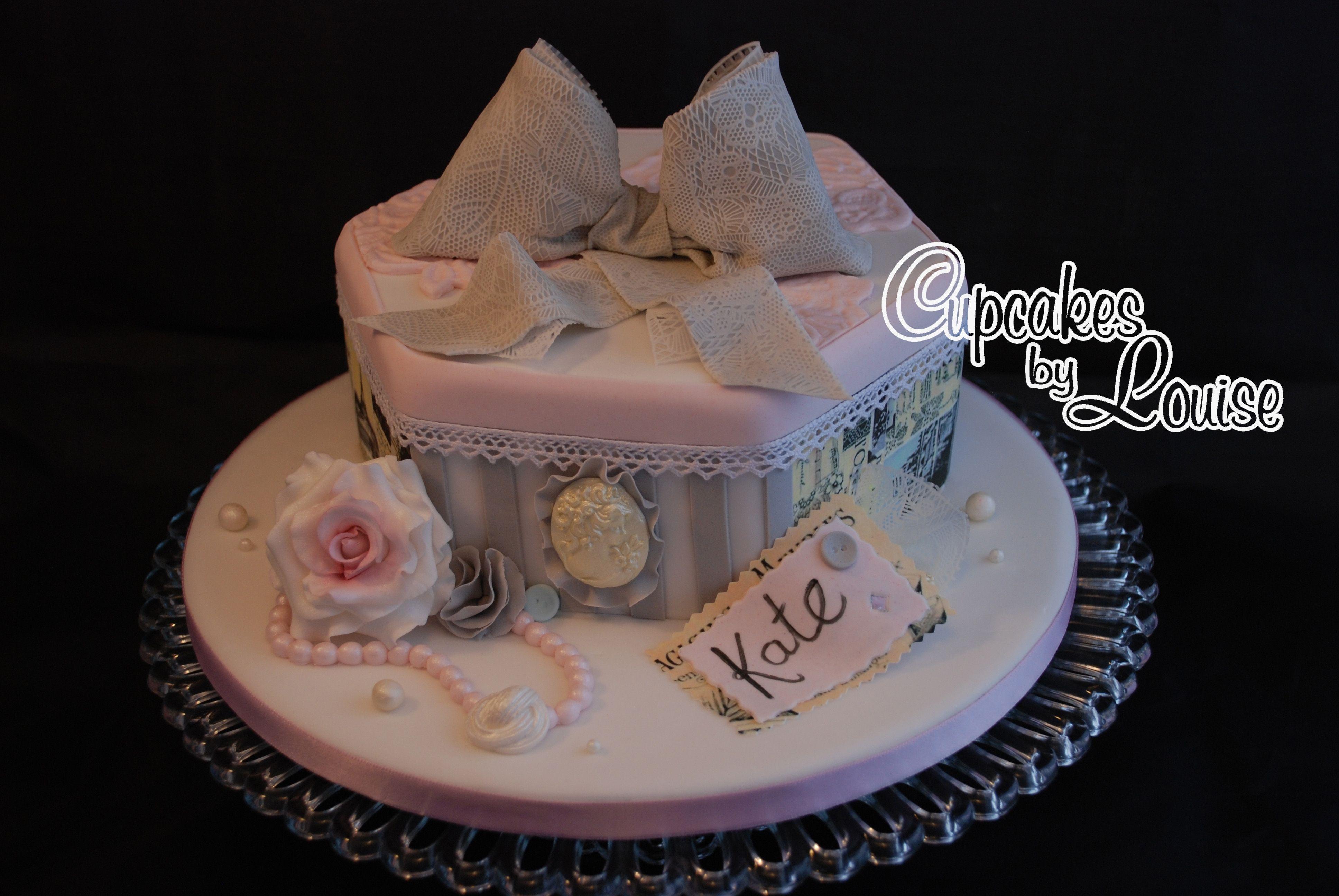photos of french antique birthday cake | French vintage hat box cake