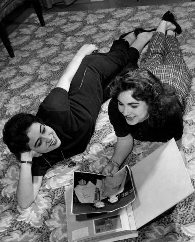 November 1956 Kay Wheeler 17 President Of The Elvis Presley Fan