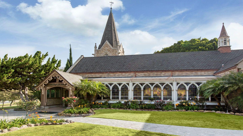 a5015d0768e198f505d796aa055e5963 - Chapel Lawn Funeral Home And Memorial Gardens