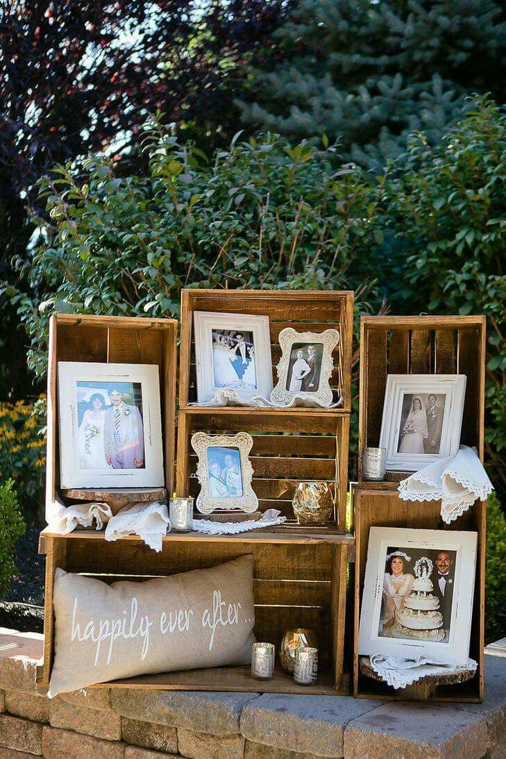 I like this idea of putting pictures in frames of grandparents