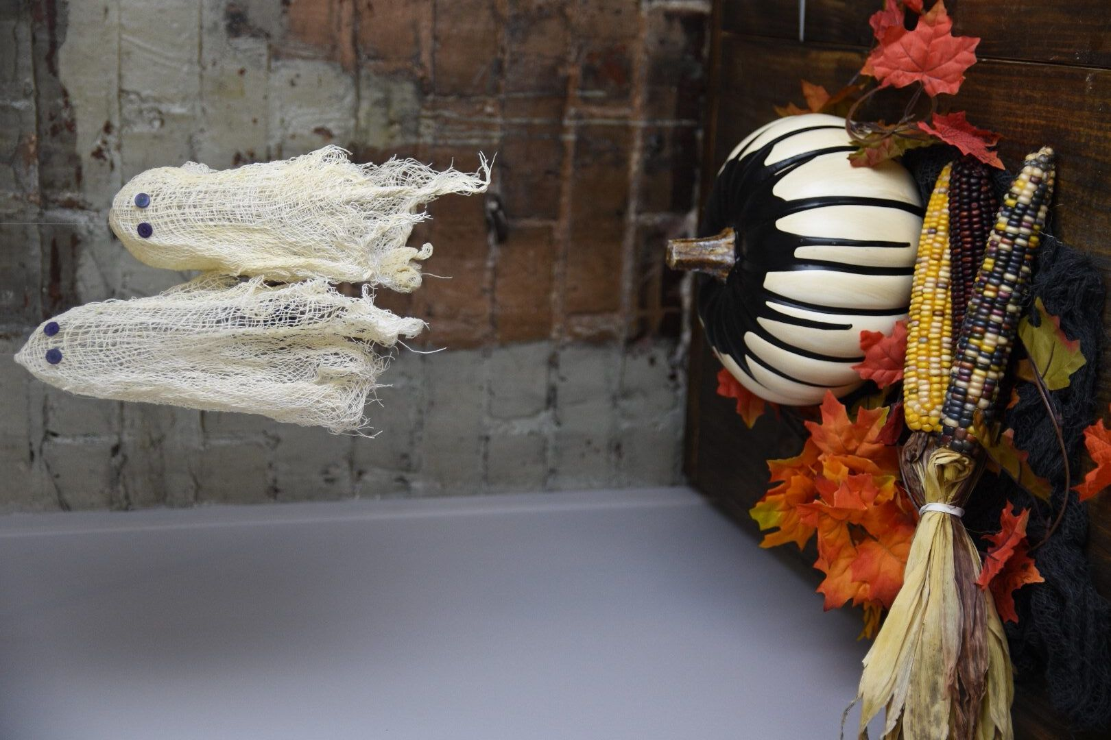 21+ Halloween ghost crafts with cheesecloth information