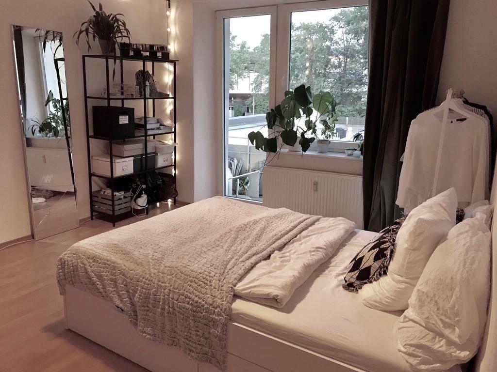Helles Und Mobliertes Wg Zimmer Im Schonen Rosenheim Wg Zimmer Wg Zimmer Einrichten Ideen Zimmer Einrichten