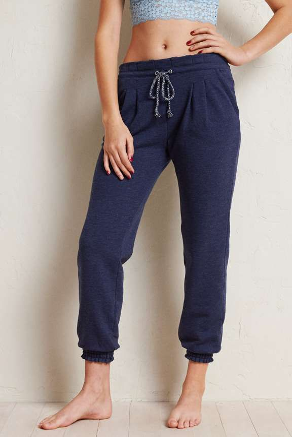 Aerie Skinny Fit Jogger Kate S Wish List Fitted Joggers Jogger