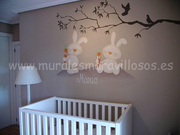 Murales de conejitos pintados sobre la pared, bunny paintings  decoration nursery. Toda España.  www.muralesmaravillosos.es