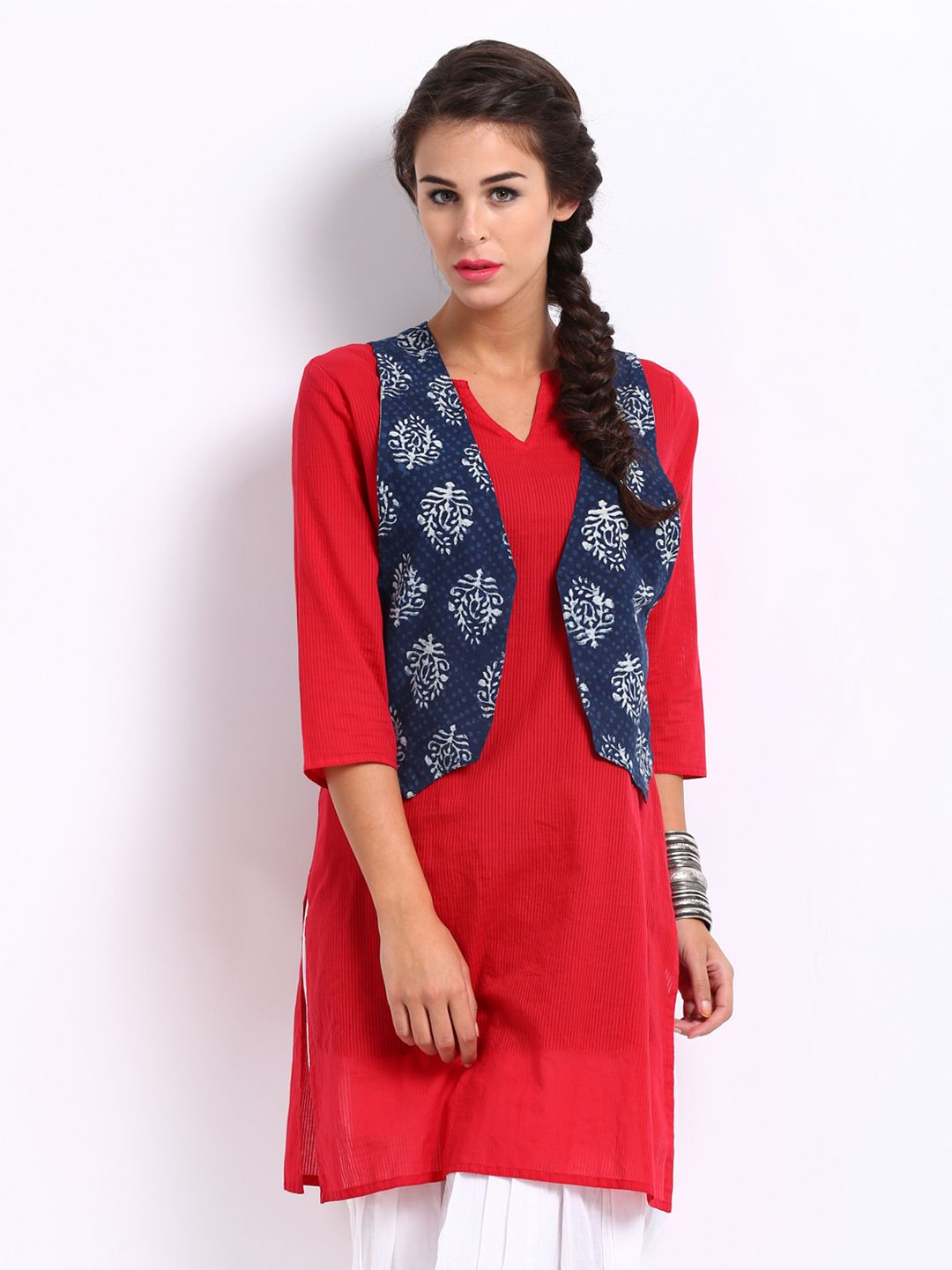 10 Styles of Kurtis for Jeans | Kurti Read more and Jeans