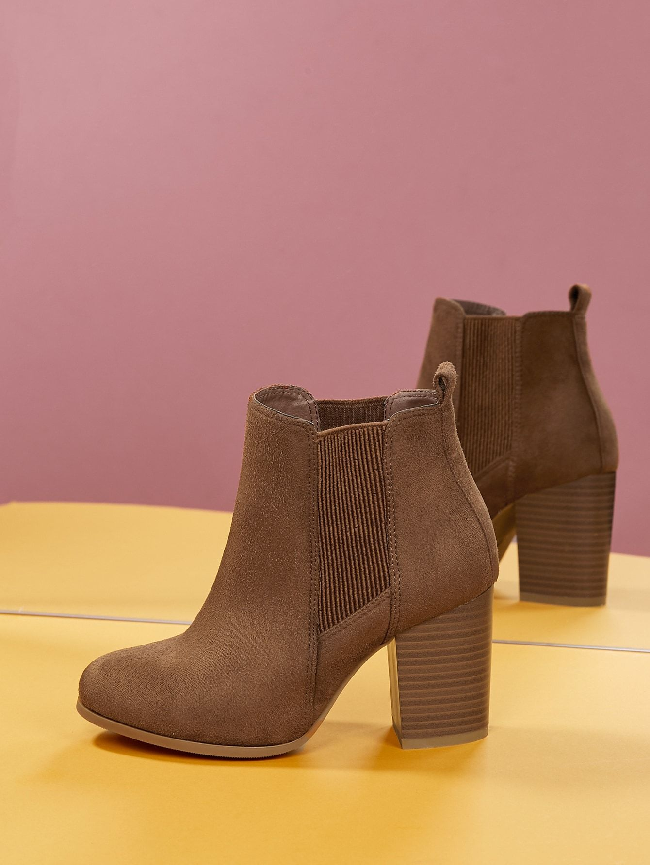 United Nude Lo Chelsea Boot   Where to buy & how to wear