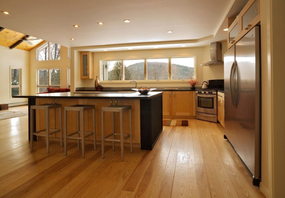 How To Handle Low Ceiling Interior Design | Ceilings, Contemporary Kitchens With Low Ceiling Design Ideas on kitchens with wood ceilings, kitchens with 8 foot ceilings, basement ideas,
