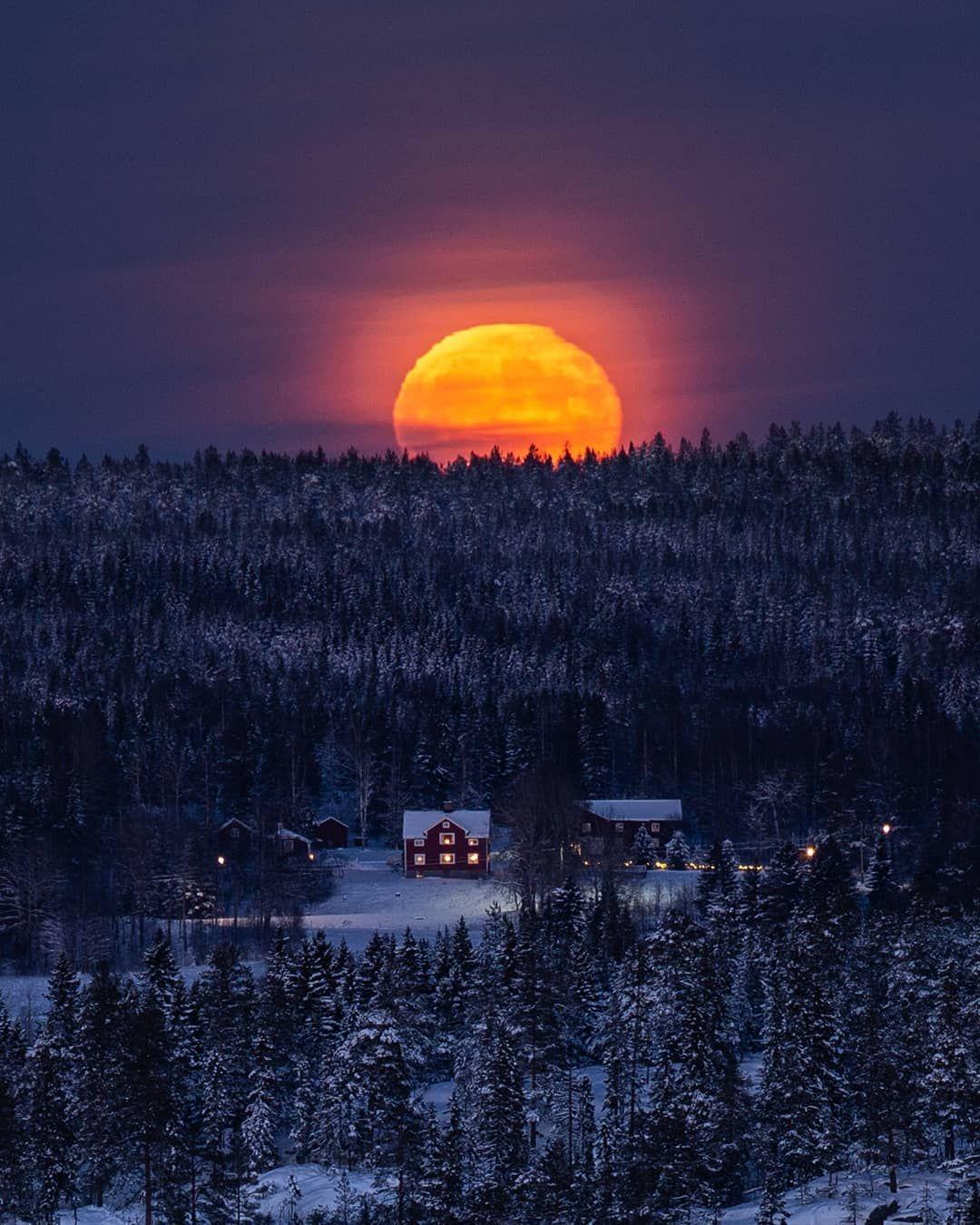 Lovely Sunset Credit Fotograf Mikael Jonsson Landscape Photography Winter Forest Nature Night Evening Dark Night Photography Night Photos Instagram