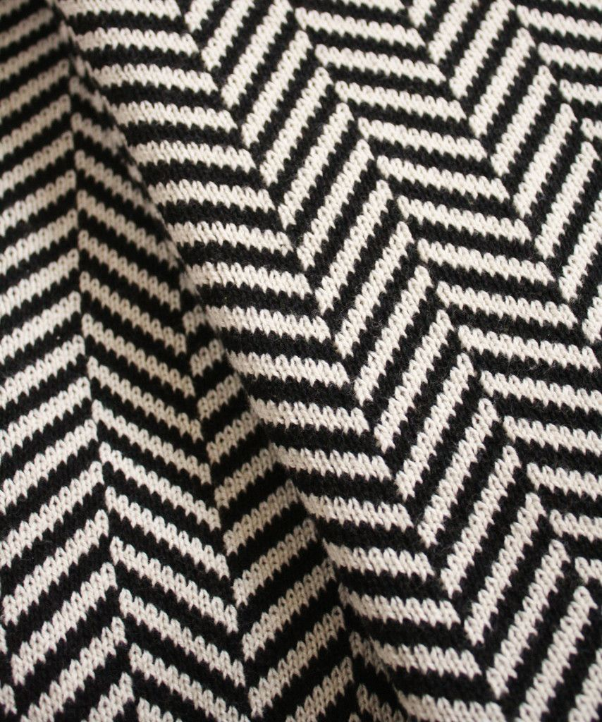 Knit herringbone throw blanket black white for the home knit herringbone throw blanket black white bankloansurffo Image collections
