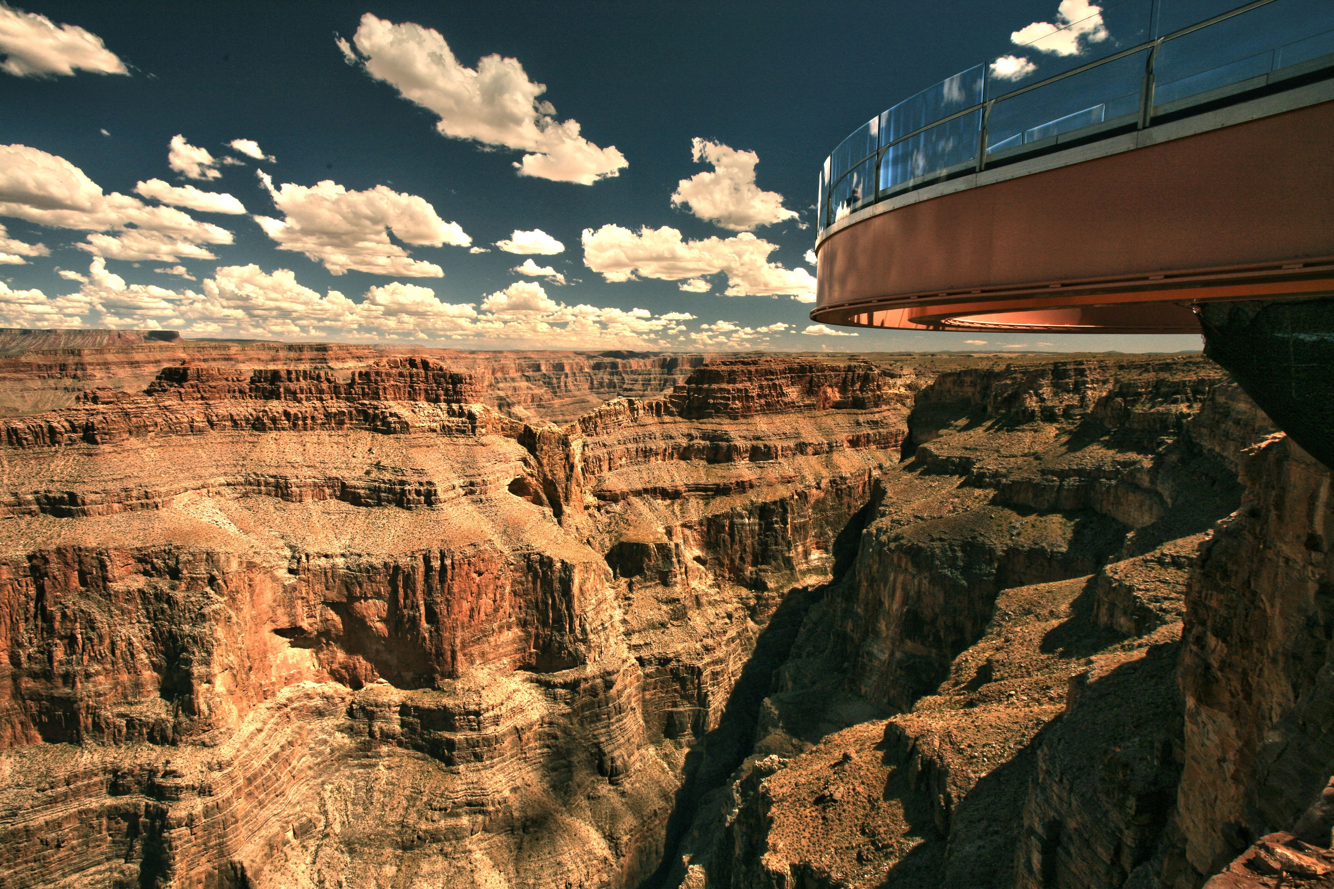 4 Day Grand Canyon South West Rim Antelope Canyon Tour From