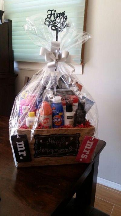 Bridal Shower Gift Ideas Diy Bridal Shower Gifts Bridal Shower Gifts Wedding Shower Gifts Basket