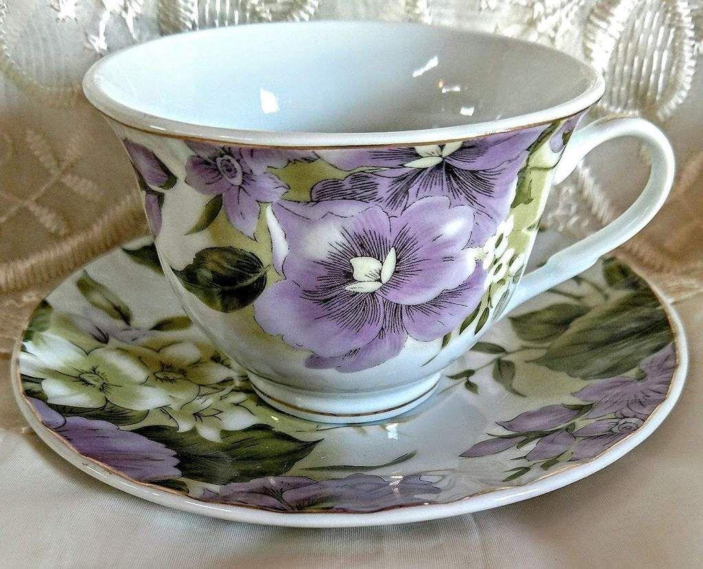 Pansy Joy Porcelain Teacups Case Includes 24 Tea Cups & 24