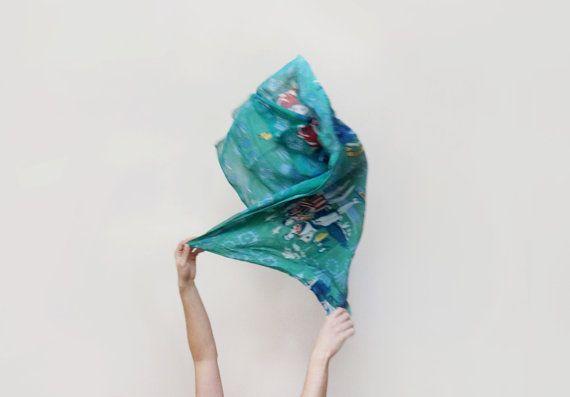 Vintage designer silk scarf Etienne Aigner green silk by plot #rockteam #rockaroundeurope #etsyfind