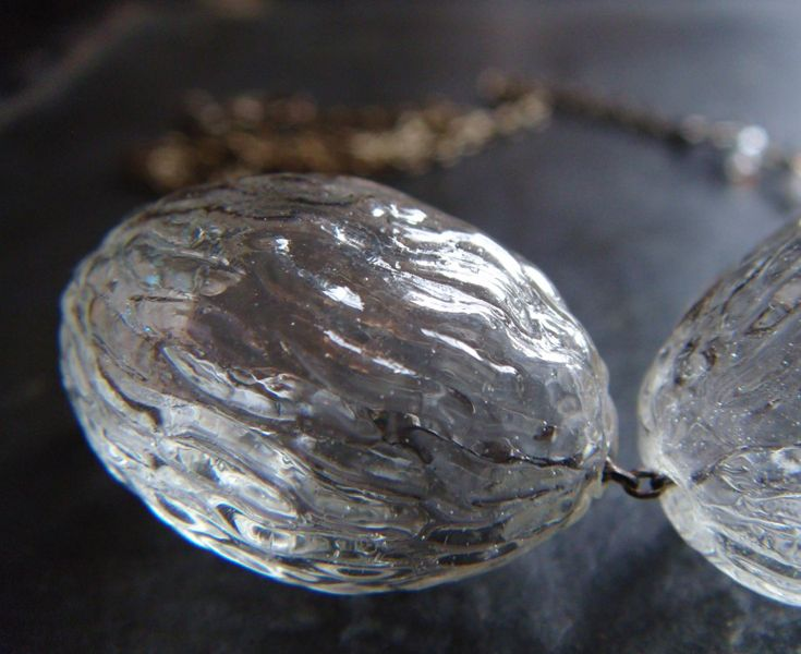 4 5 6 December 2015 Royal Exhibiton Building Glass Jewelry Glass Necklace Market Design