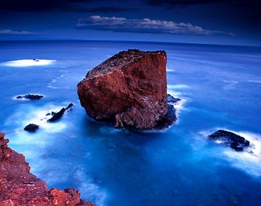 The Island Of Lanai Situated Right In The Middle Of The Biggest - Biggest ocean in the world