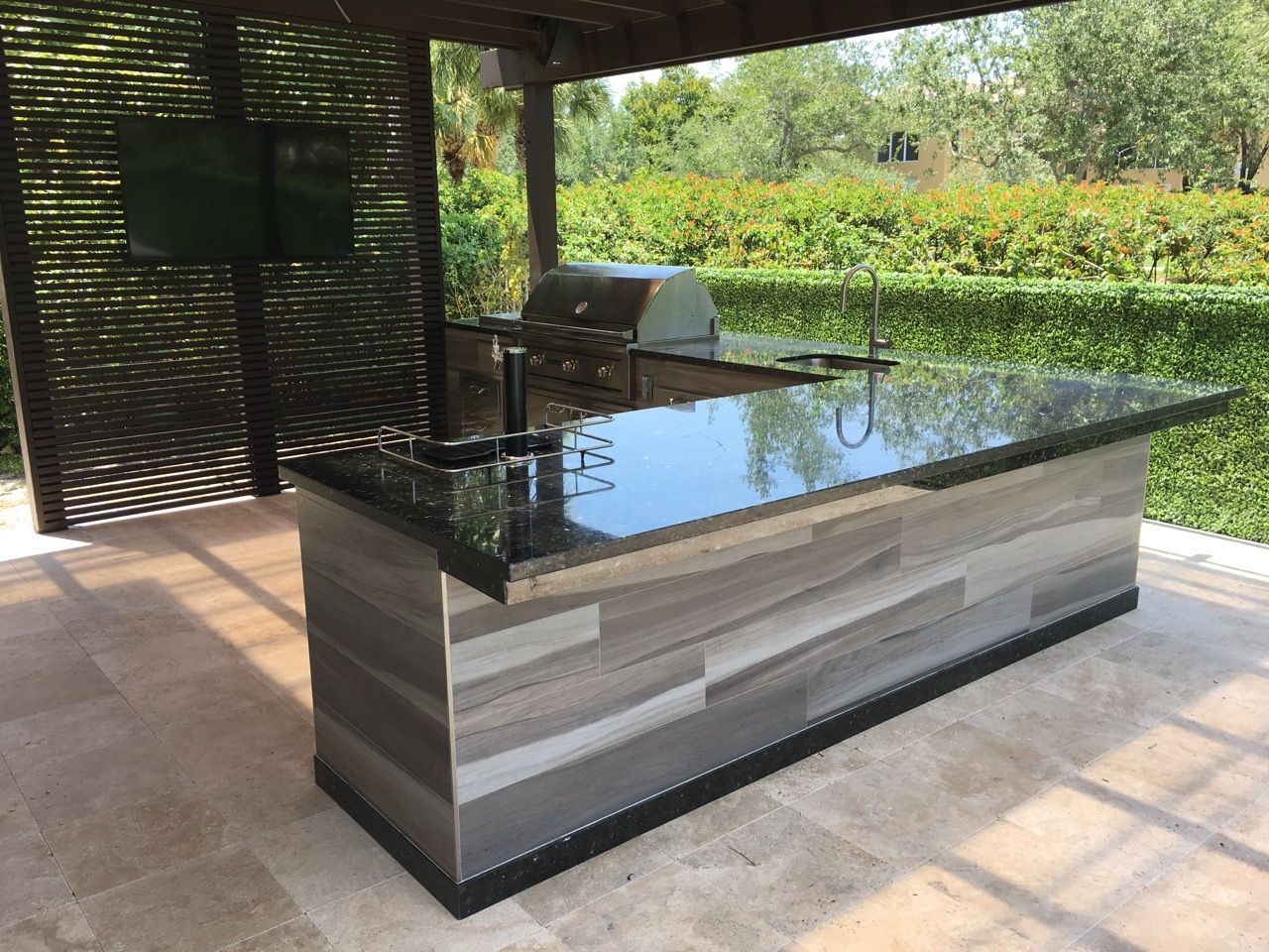Luxapatio Is South Florida S First Choice For Outdoor Kitchens And Outdoor Kitchen Appliances Visit Outdoor Kitchen Outdoor Bbq Kitchen Outdoor Kitchen Design