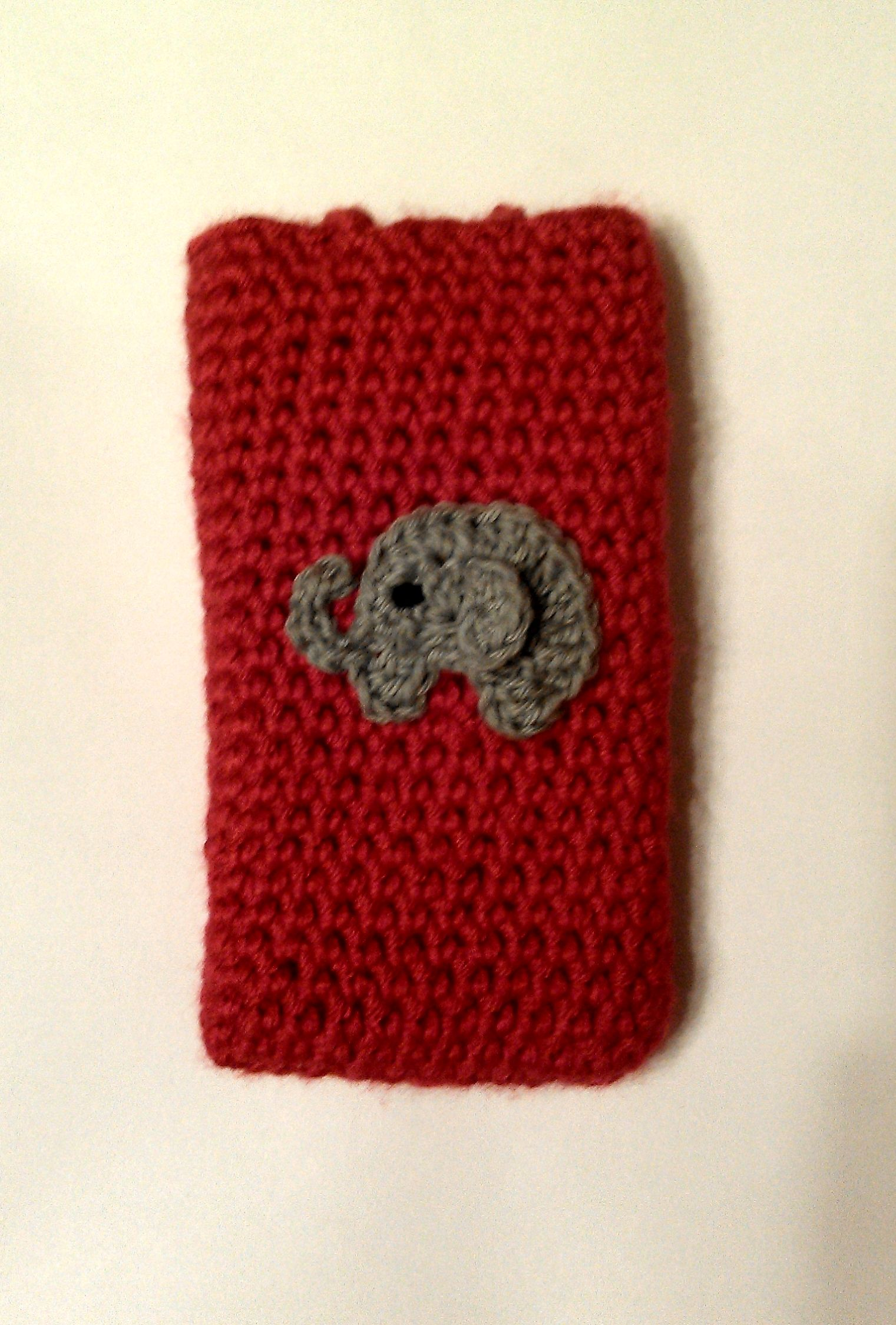 Alabama themed cell phone case I crocheted for my friend. It has a ...