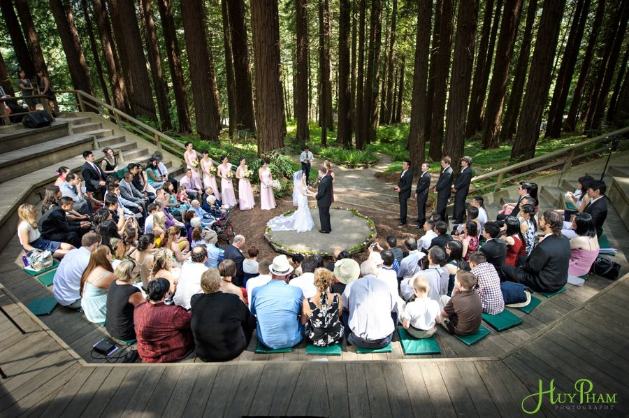 They Had A Beautiful September 2017 Wedding Under The Redwoods At Uc Botanical Garden In Berkeley California Huy Pham Photography
