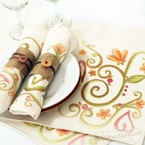 Beautiful placemat & napkins
