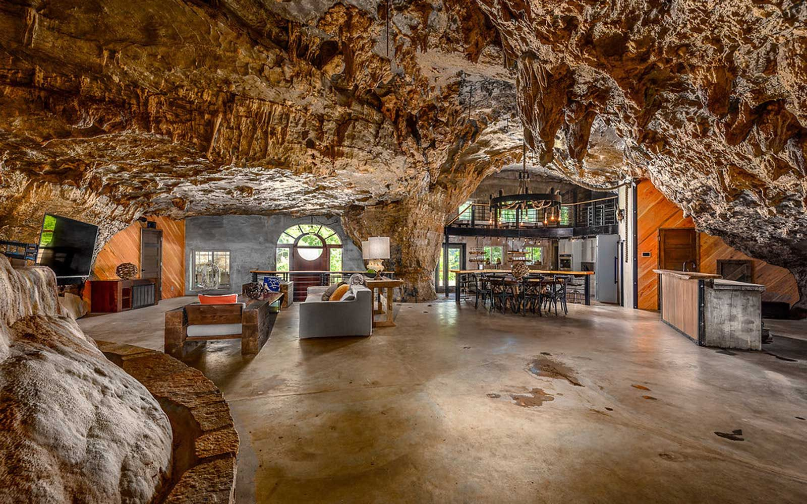 This Luxury Cave House Is Built Into a Mountain — and You Can Rent ...