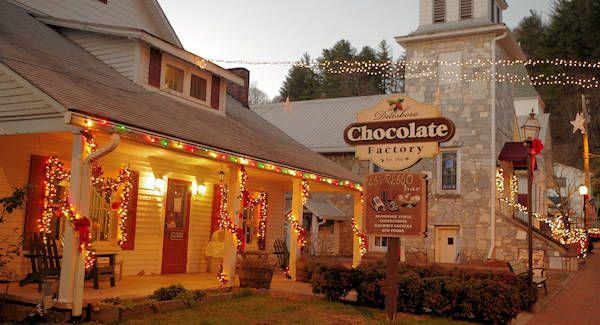 Dillsboro Christmas - Dillsboro is one of our Top 10 Christmas Towns - christmas town decorations