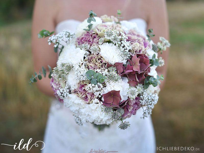 Romantische Hochzeit Im Travel Look Bridal Bouquets Pinterest