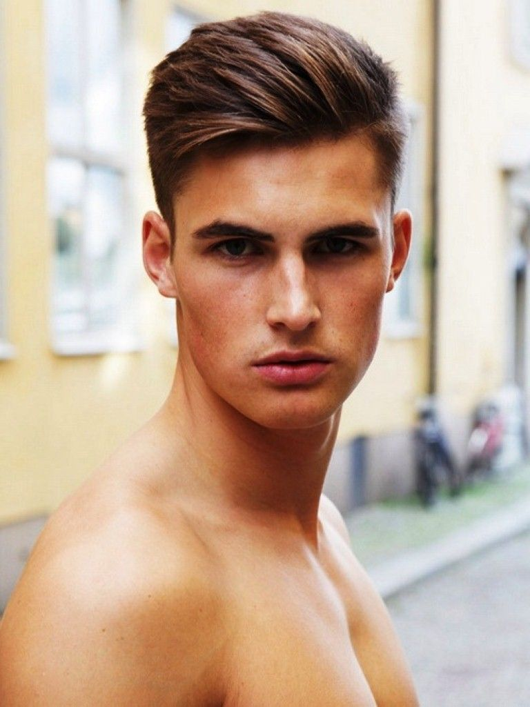 mens haircuts oval faces