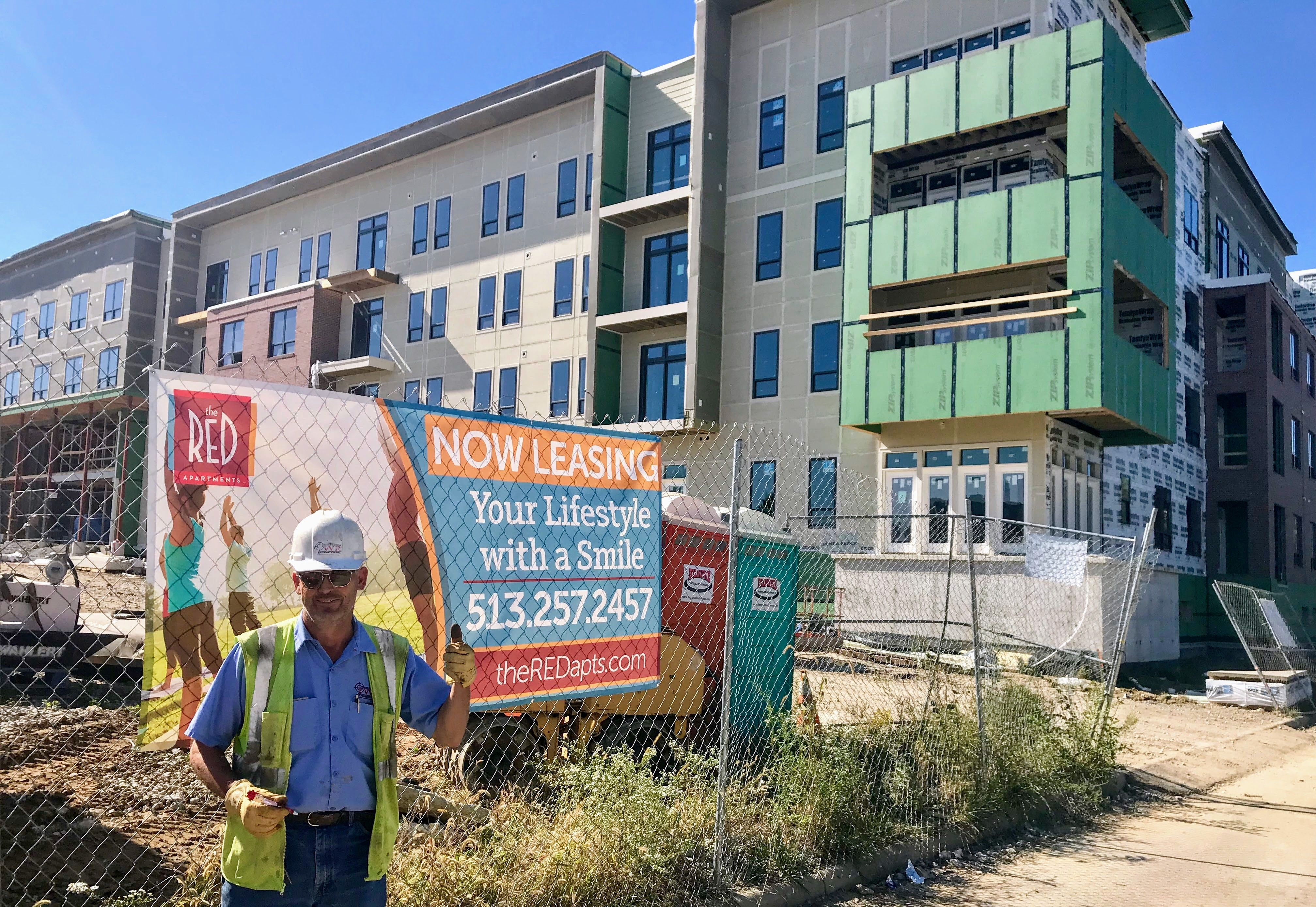 The Red Apartments Now Pre Leasing For Spring 2018 Red Apartment Apartment Red