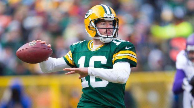 Packers Re Sign Backup Quarterback Scott Tolzien Packers Quarterback Green Bay Packers
