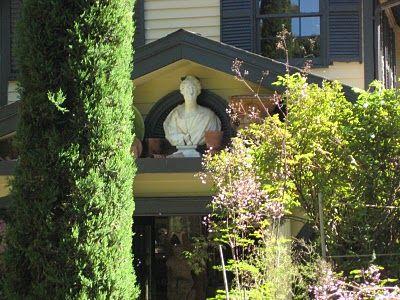 The Gardener's Eye: Michael Trapp Creates a Mood