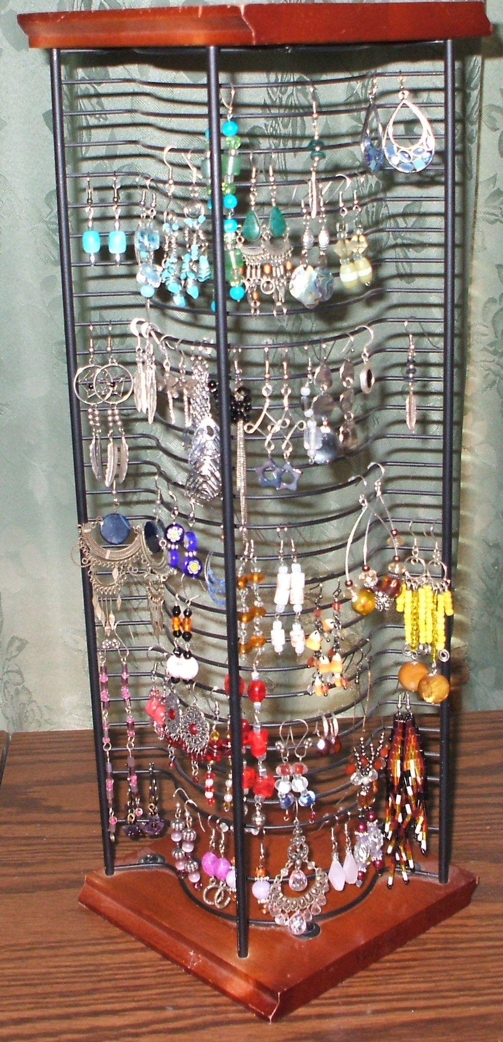 re purposed cd rack earrings organizer organization pinterest schmuck aufbewahrung. Black Bedroom Furniture Sets. Home Design Ideas