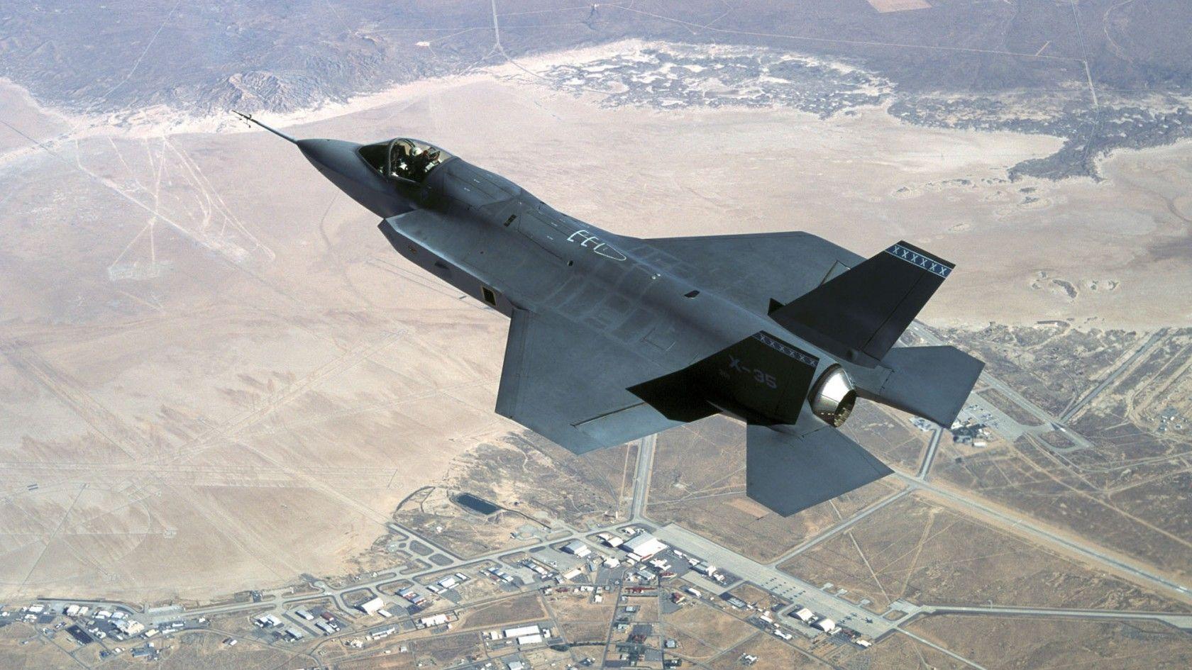 X35 Lightning II Stealth aircraft, Fighter aircraft