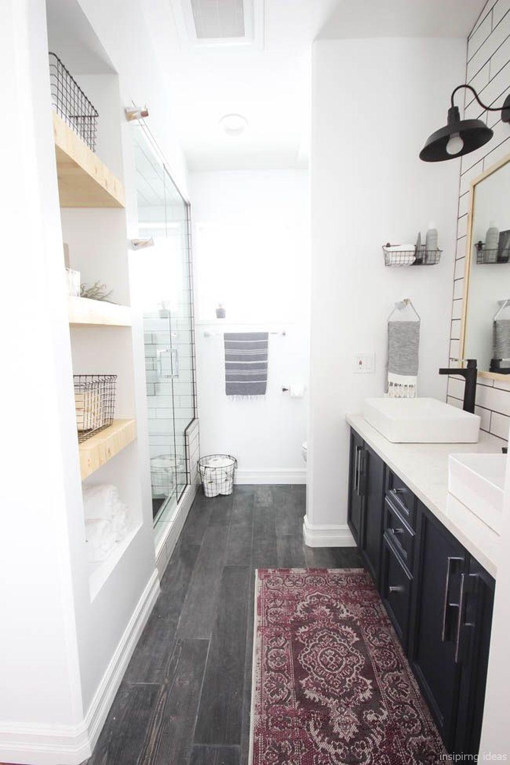 50 Modern Farmhouse Small Bathroom Decor Ideas | Bathroom Remodel ...