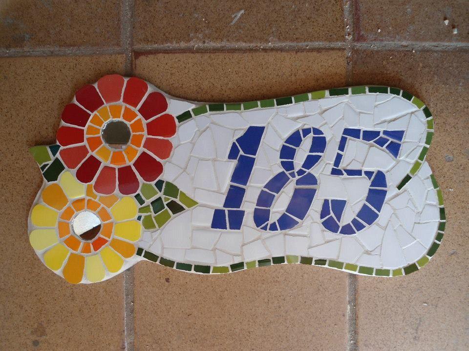 Trabalho Artesanal Manufatura E Maquinofatura ~ Número para Casa mosaico Borboleta Trabalho artesanal, Mosaico e Acabam