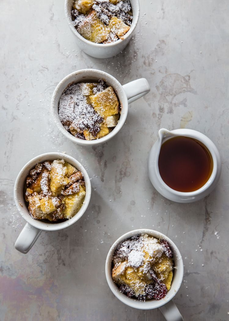 French Toast in a Mug by jellytoastblog: A simple and totally customizable breakfast that the whole family will love. Spice it up with vanilla extract and cinnamon. #French_Toast #Mug