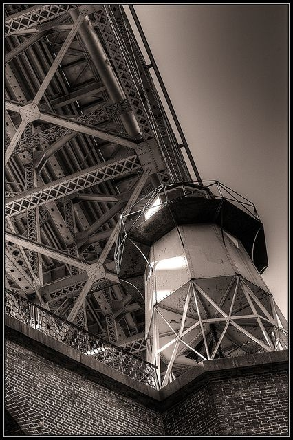 Fort Point Lightsouth anchorage of the Golden Gate BridgeSan FranciscoUS37.811000, -122.477000  by Envios, via Flickr