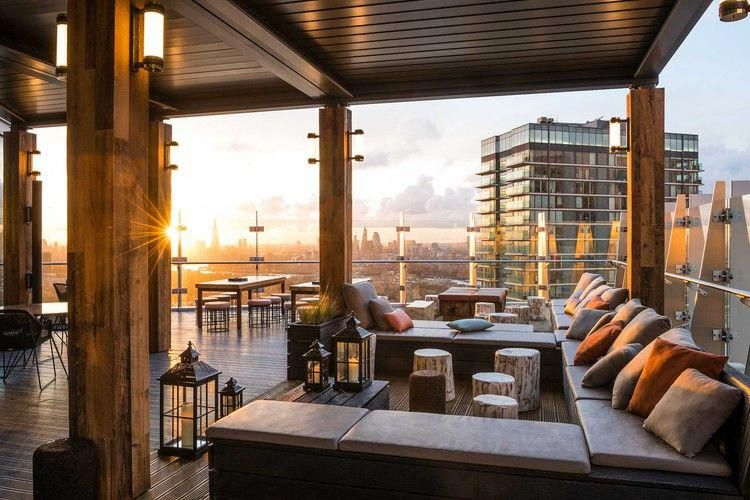 If You Wish To Go To A Museum Art Gallery Or Theatre London Is The Best Location To Visit It Is House To A Huge Rooftop Dining Outdoor Decor Trending Decor