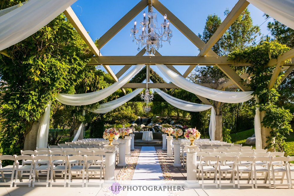 Coyote Hills Golf Course Wedding Howard And Helen Golf Course Wedding Golf Courses Wedding Venue Prices
