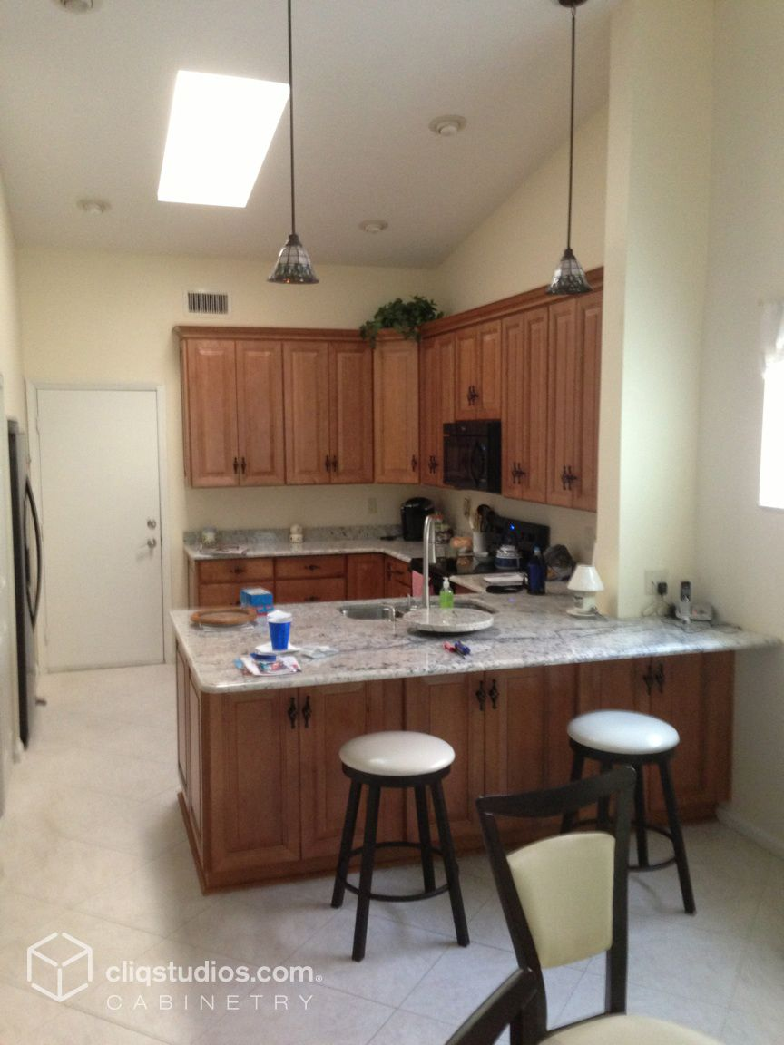 Small traditional Florida kitchen remodeled with granite