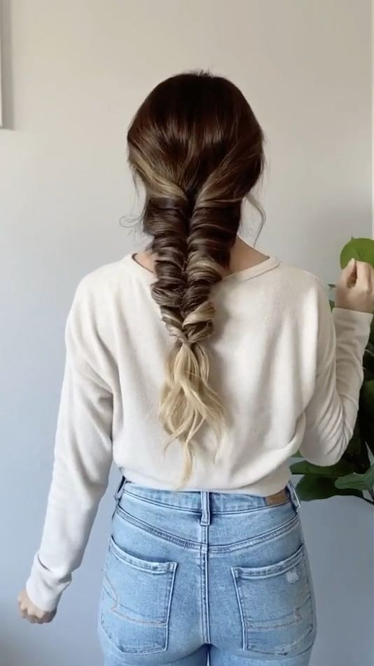 How to: Faux Fishtail Braid