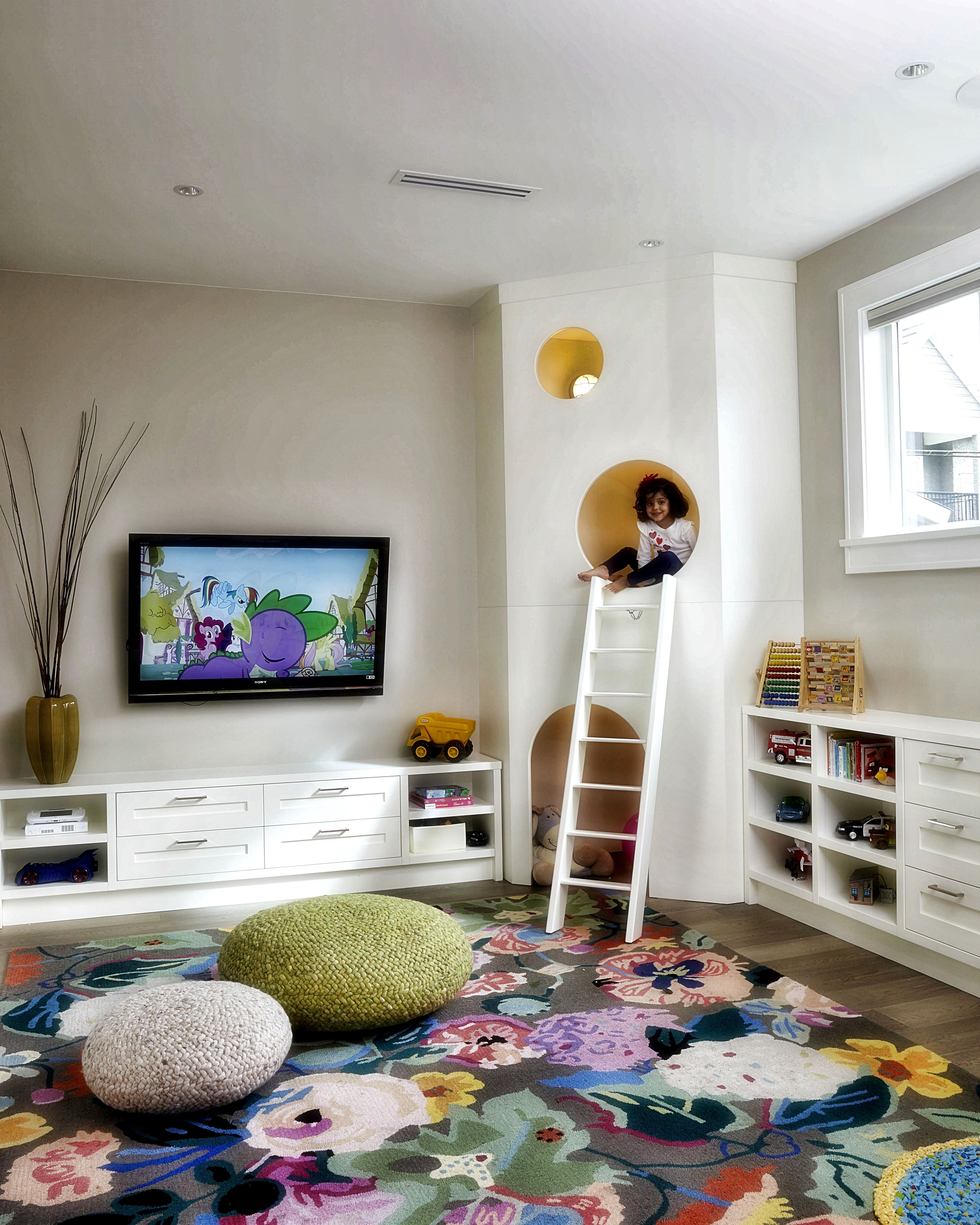 girl bedroom design tips if you need a room to feel more expansive rh pinterest com