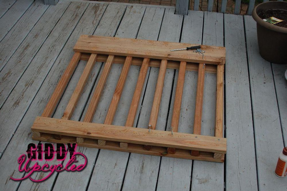 Deck Gate Tutorial Deck gate, Diy deck, Wood