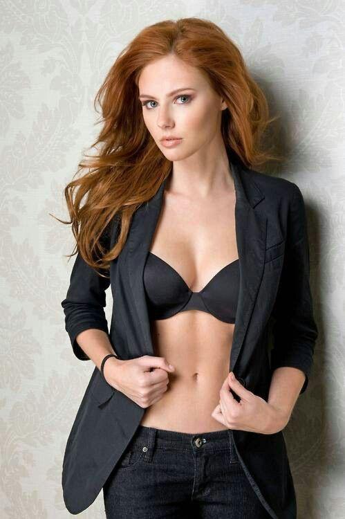 model Teen redhead glamour