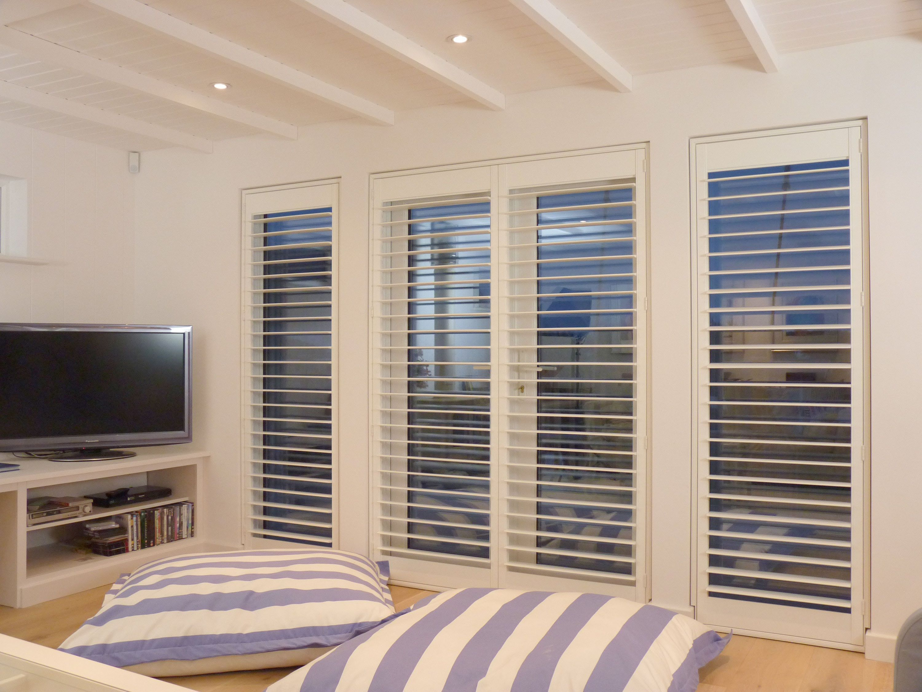 Plantation Shutters Guide Top 5 Window Shutter Designs 31625976 Choosing A French Door For Your Home